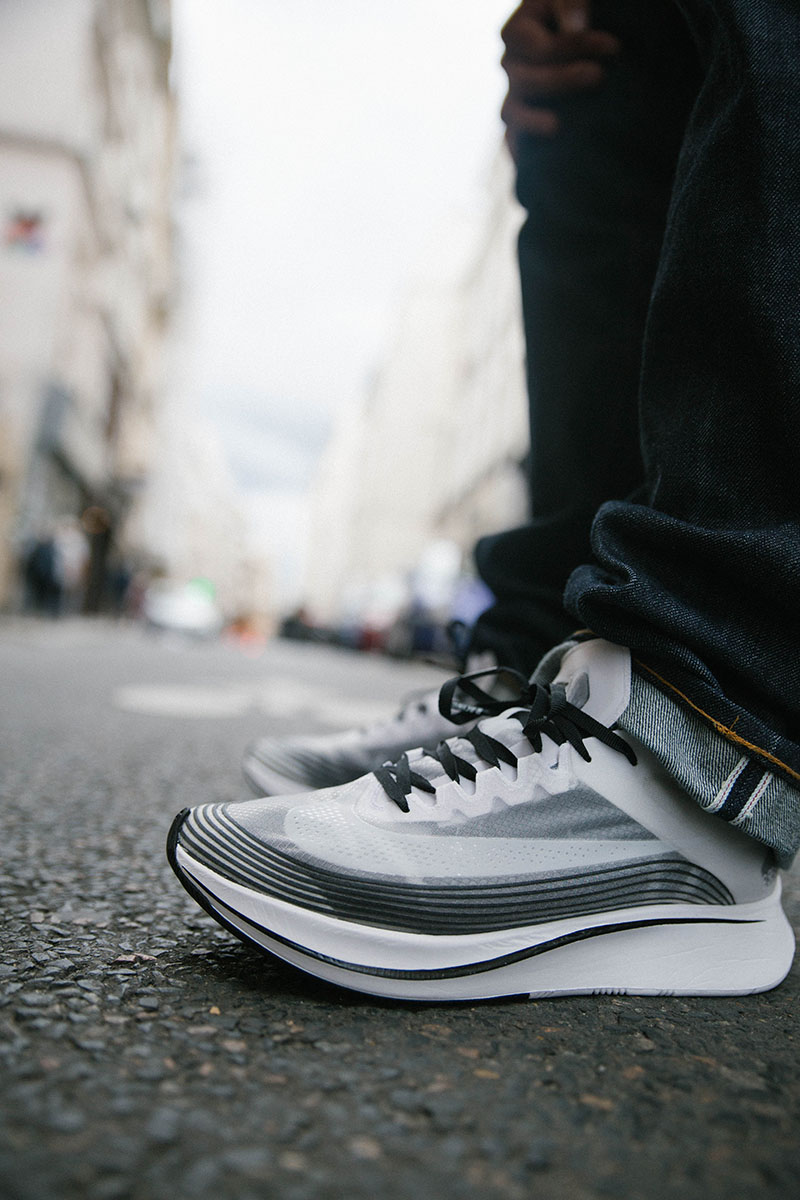 New drop from NikeLab: the new colorway Black/White on the already classic Zoom  Fly. So light and damn comfy. We'll be happy to provide you this heat ...