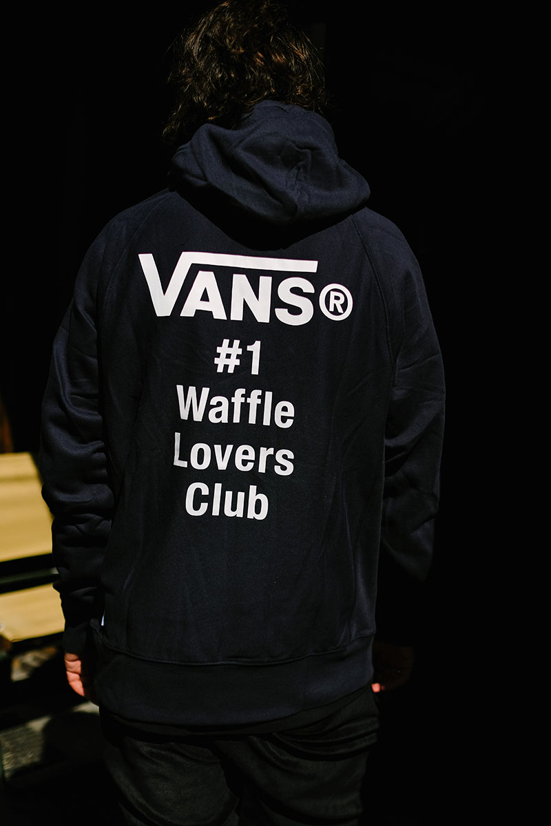 7ebd6666e6 Peep the details on the gear from the Vans Vault x Wtaps collection. The  long sleeve tee (60e) and the hoodie (100e) are pretty dope and the bag  (120e) is ...