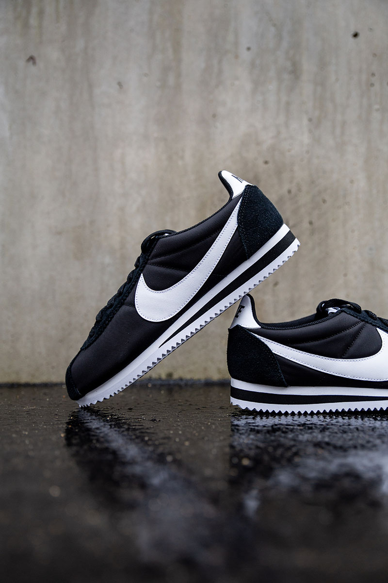 0c25269aac75 Nothing beats a classic. Check this dope Cortez (80e) Nylon in Black and  white