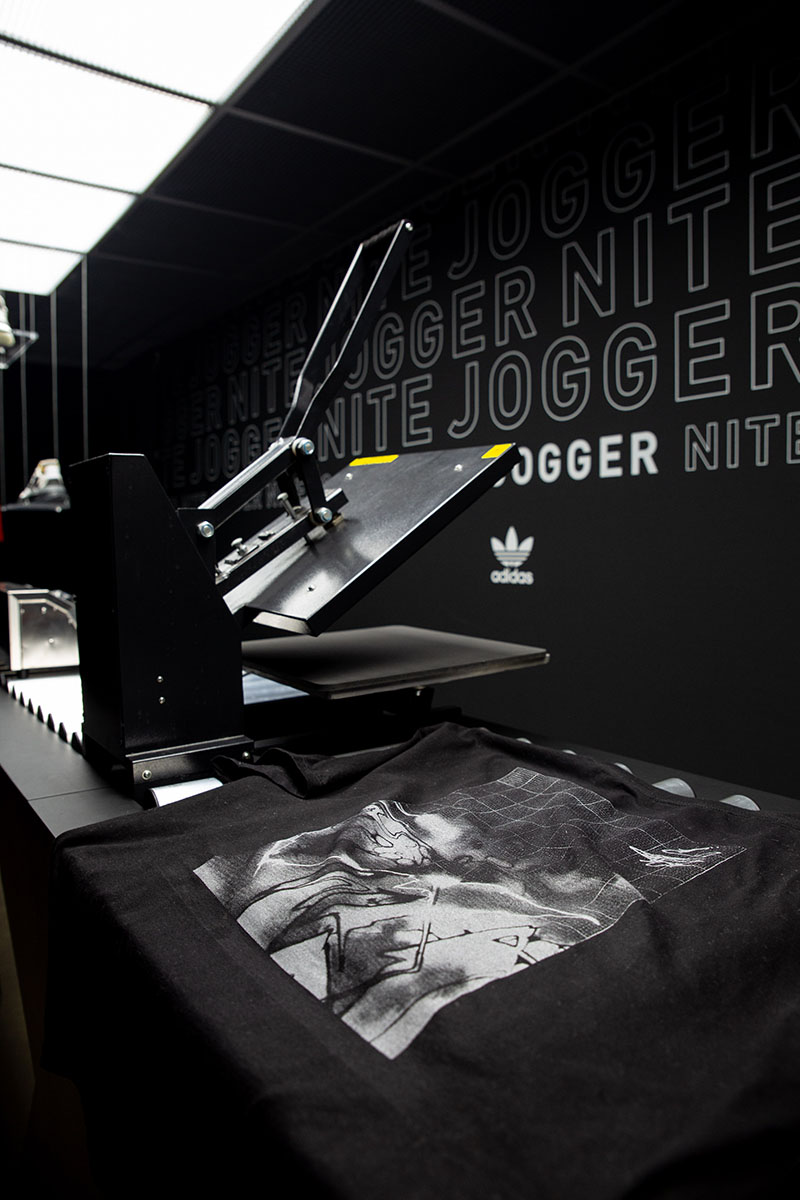 c6df3969713 Come check the Adidas NITE JOGGER corner shop at Starcow Paris. Come buy a  pair and get the opportunity to create your own custom with various designs.