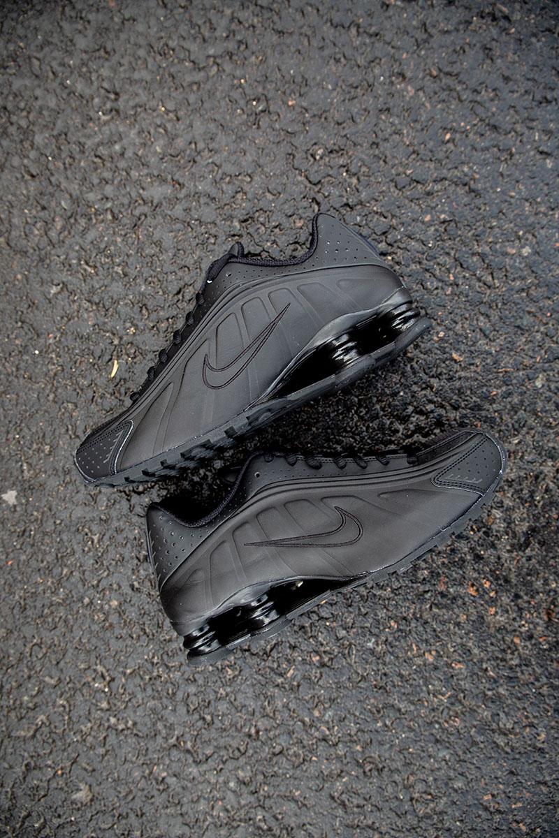 44ab74b6f31 Nike Shox R4.